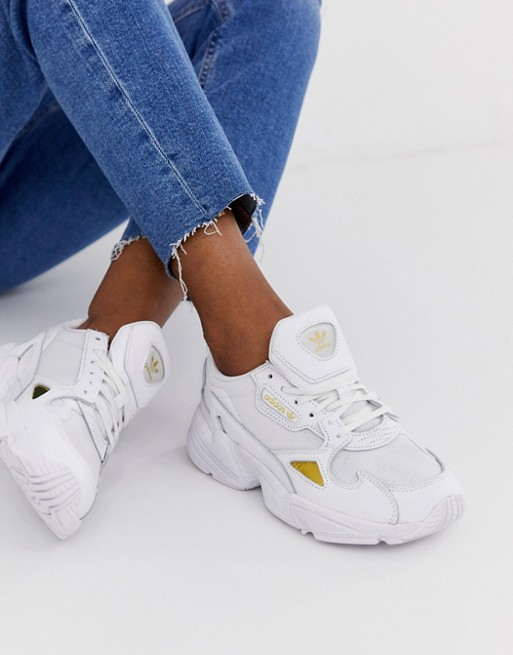 adidas Originals Falcon, 6 390руб. (Asos)