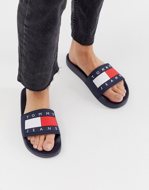 Tommy Jeans, 3 890руб. (Asos)