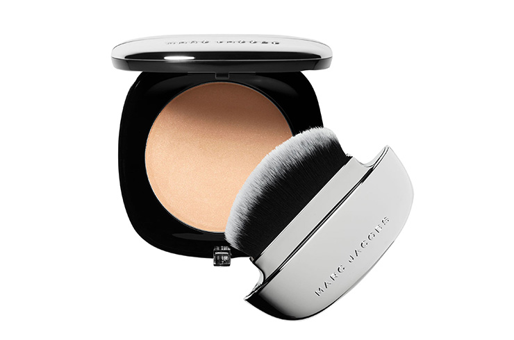 Компактная пудра Accomplice Instant Blurring Beauty Powder, Marc Jacobs Beauty