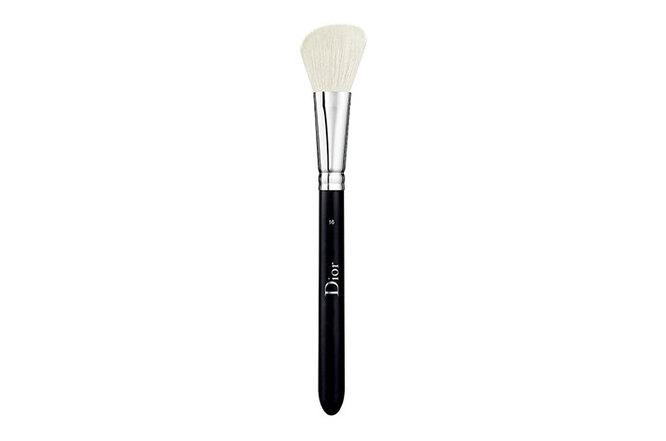 Кисть для румян № 16, Pinceau Blush - Blush Brush, Dior Backstage
