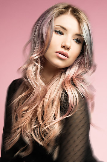 Hair: J.7 Artistic Team for L'Oréal Professionnel