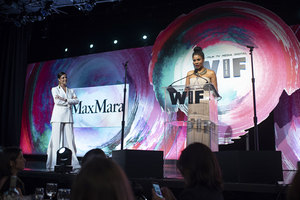 В Лос-Анджелесе прошла The Women in Film Max Mara Face of the Future Award