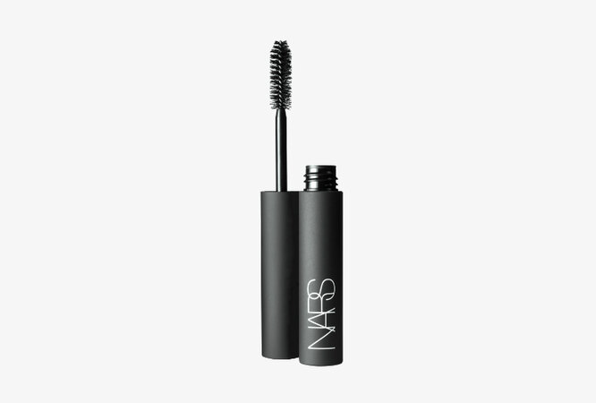 Тушь для ресниц Larger Than Life Volumizing Mascara